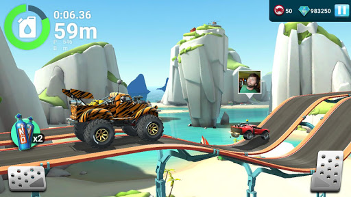 MMX Hill Dash 2 Offroad Truck Car amp Bike Racing 5.00.11445 screenshots 2